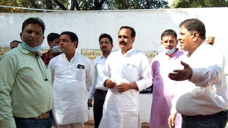 राज्य मंत्री श्री यादव ने जिला जेल का किया औचक निरीक्षण